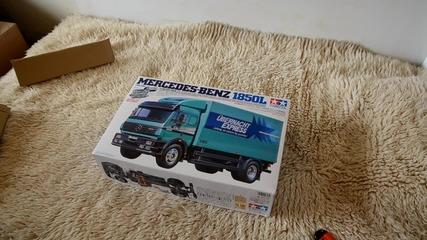 Rc камион Tamiya Mercedes-benz 1850l Unboxing.