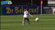 Синът на Робин Ван Перси вкарва гол !