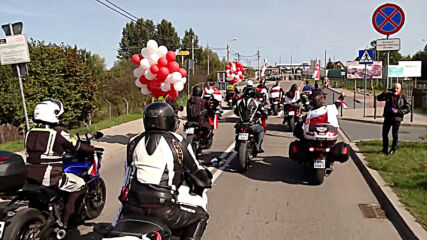 Poland: Motorcyclists rally in solidarity with Belarus protesters at border in Kuznica