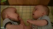 За Какво Си Говорят Бебетата ?