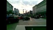 Абитуренти пред президентството с цигански оркестър.mp4