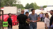 Germany: Migrants receive aid in Dresden as refugee numbers rise