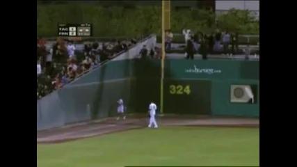 Невероятно хващане на топка!