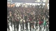 Италианците знаят как да се забавляват в метрото!