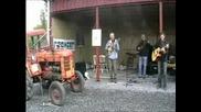 Как Се Прави Музика С Трактор!