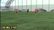 10 акробатични начина за даване на пас във футбола