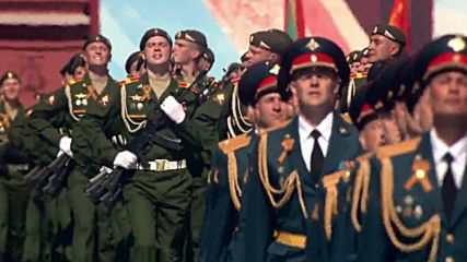 Russia: Female service personnel march for first time at Moscow Victory Day Parade