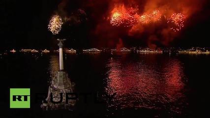 Фойерверки над Севастопол за Деня на Победата