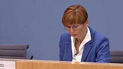 Germany: Govt suggests more sanctions for Belarus regarding Polish border situation - spox
