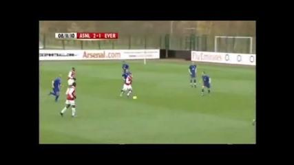 гол на Джей Емануел - Томас за резервите на Арсенал