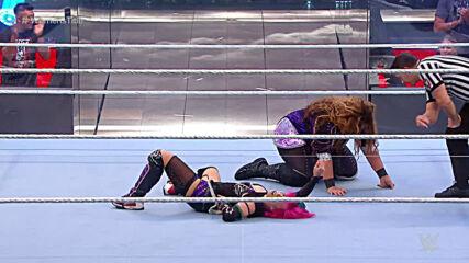 Asuka vs. Nia Jax - Raw Women's Title Match: WWE Backlash 2020 (Full Match)