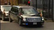 Лимузината на Обама засяда пред очите на стотици зрители (смях)