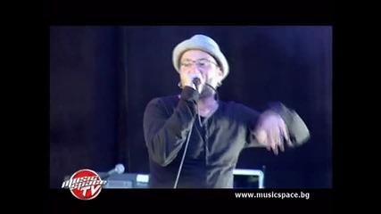P.I.F.: В България трябва да се пее на български