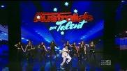 Лудак имитира Psy Gangnam style - Australia's Got Talent