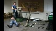 Рекордите на Гинес - Най - дългото домино в света от бирени шишета