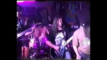 Vili & Hameleon - Breaking the law (live1999) toavi