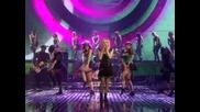 Avril Lavigne - Hot [live]