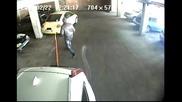 Как действат в Русия, когато някой паркира пред тях и ги запуши
