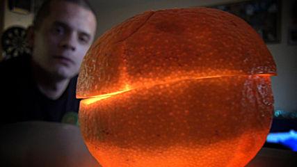 Готин трик със свещ от портокал