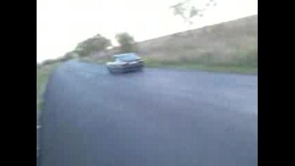 lud ska4a v kola