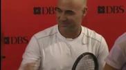 Тенис фенове в Сингапур поиграха тенис с Агаси, Монфис и Иванович