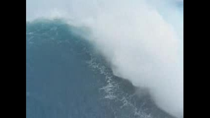Amazing Wave Surfing