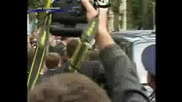 Атентат - Виктор Янукович...с яйце...