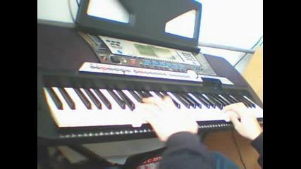 Playng Entercom - Kiss