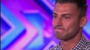 Журито дава втори шанс на участник в The X Factor Uk 2014 и той ги покори