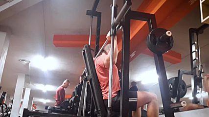 90 дневна трансформация | Изграждане на мускул, горене на мазнини | Ден 32 - Рамена, бицепс