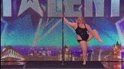 Дебеланка изуми с уменията си, танцува на пилон - Britain's Got Talent 2014