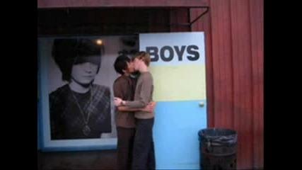 Sweet Emo Boys Kissing