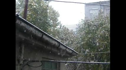 Аиде у парвия сняг в Плд
