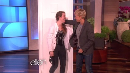 Фенка се среща с Джъстин в шоуто на Елън !