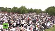 UK: Muslims gather in Birmingham park to celebrate Eid al-Fitr
