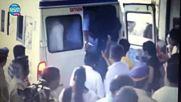 Погребението на Пратюша Банерджи Ананди от Малката булка