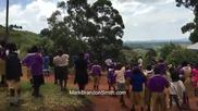 Реакцията на африкански деца ,когато за първи път виждат летящ дрон в небето