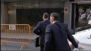 ВИДЕО: Бащата на Неймар се появи в съда