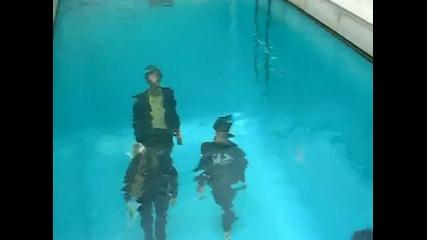 басейн - може да те заблуди че е пълен