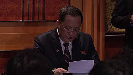 Виетнам: Северкорейският министър заяви, че не са искали цялостно махане на митата