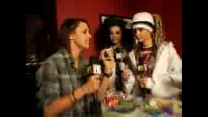 Tokio Hotel - Halloween - Smoking ;]