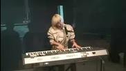* Супер *lady Gaga - Paparazzi ( свири на пиано и пее на живо) (acoustic) [live on Nova Radio]