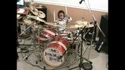 5 годишнo барабанистче