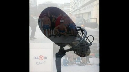 Интервю по Дарик радио нa Ненормалниците