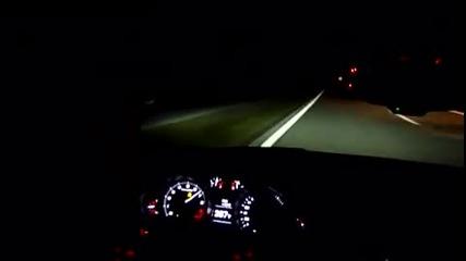 333 км/ч през нощта с Audi R8