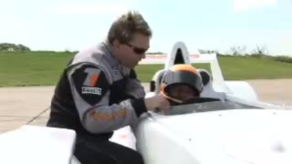 Steve Sutcliffe drives the Caparo T1 - by Autocar.co.uk