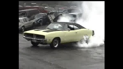 Pontiac Gto Mega Burnout