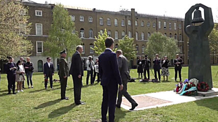 UK: Russian ambassador pays tribute to allies at London V-Day memorial