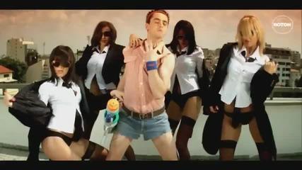 Dancing ! Tom Boxer - Romanian Music Romania Club Song