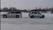 Двубой : Subaru срещу Lada Kalina